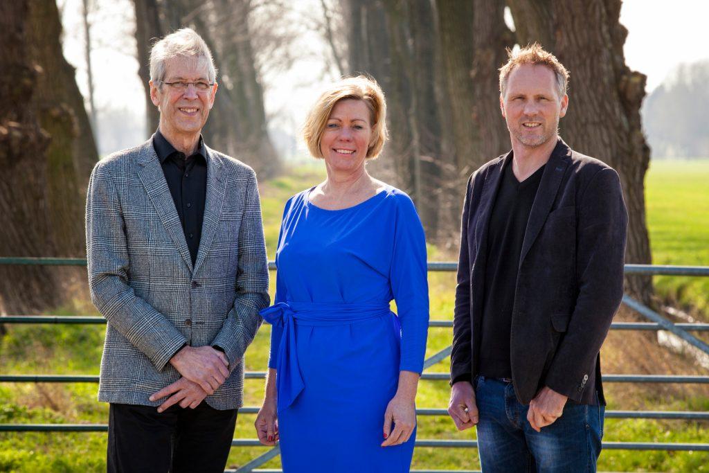 Het stichtingsbestuur van het AV Ontwikkelingsfonds: Harry Vertooren, Marga de Jager en Leo Kool.
